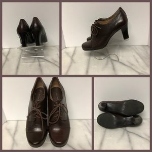 Etienne Aigner Brown Leather Heeled Shoe SZ 7 ½